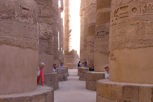 peek-a-boo-columns-karnak.jpg
