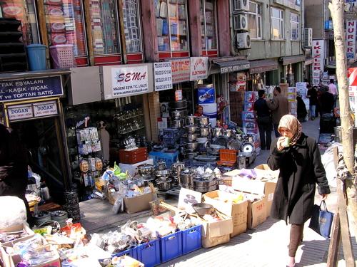 shopping-street-in-istanbul.jpg