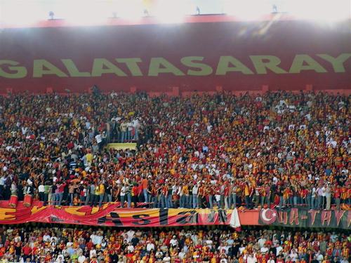 galatasaray-fans.JPG