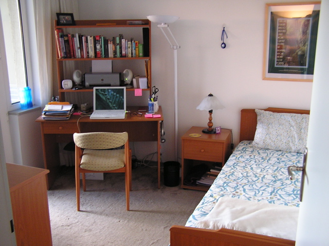 small-bedroomoffice.jpg