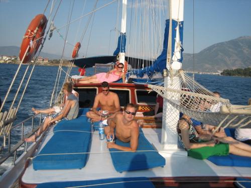 beds-on-deck.jpg