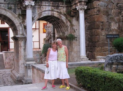 hadrians-gate-antalya.jpg