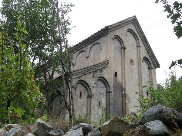Barhal Camii (Altiparmak)