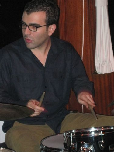Balik Ekmek Caz-Derin Bayhan, drums