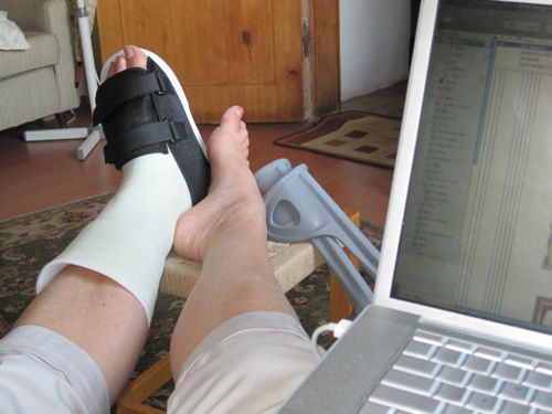 foot and computer